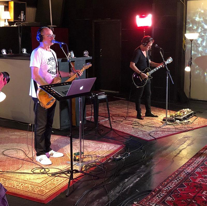 Hoodoo Gurus - Dave and Brad at Damien Gerard Studios